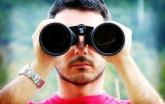 Místo věčného hledání se raději dívej